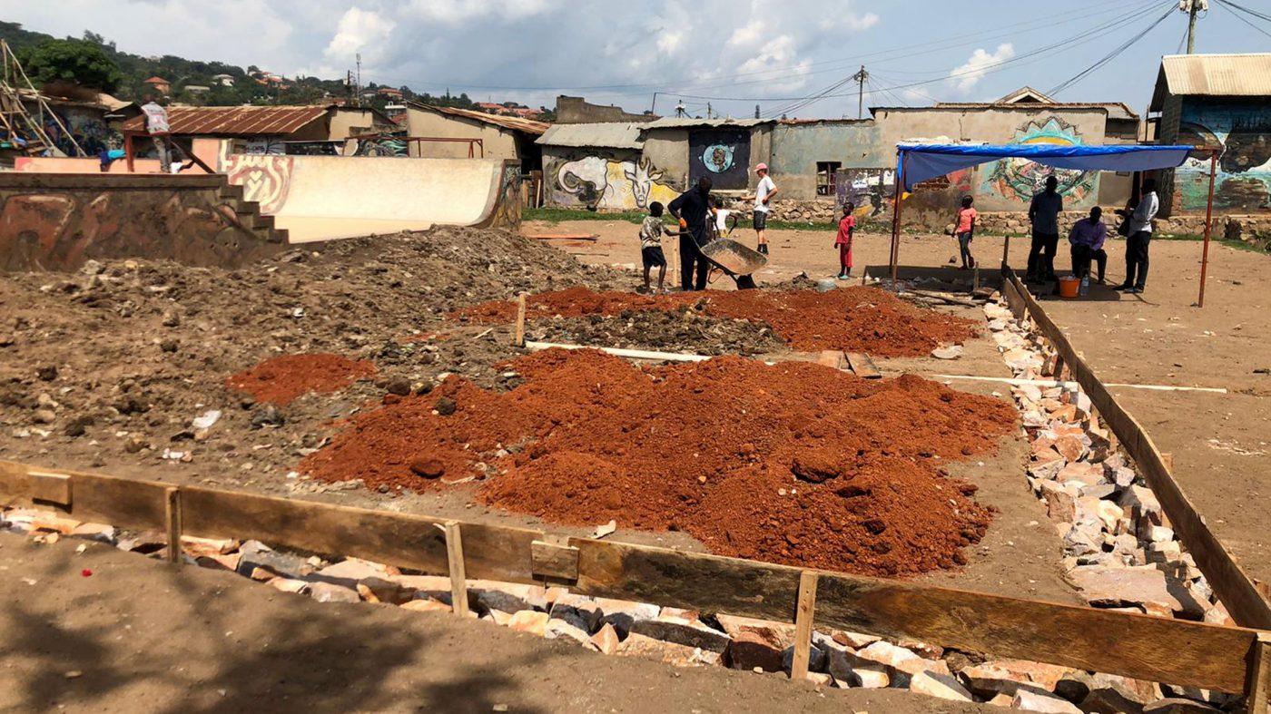 Uganda Skatepool Bauarbeiten